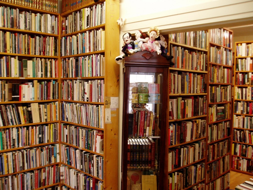 The Haunted Bookshop Bookshelves